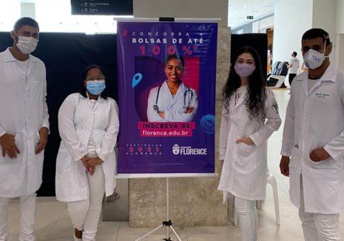 Curso de Fisioterapia da Florence realiza Ação Social no Golden Shopping Calhau